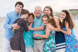 Long Beach Family Photographer grandparents and grandkids on the beach