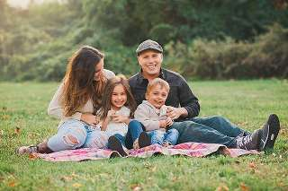 Rockville Centre Family Photographer casual happy family