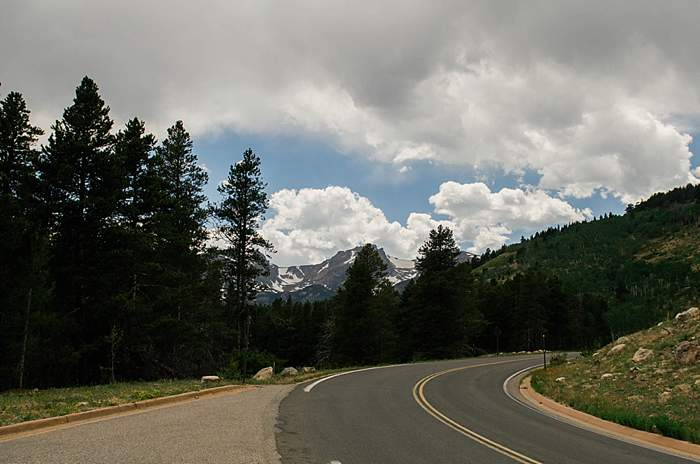 on the road in rocky mountain national park
