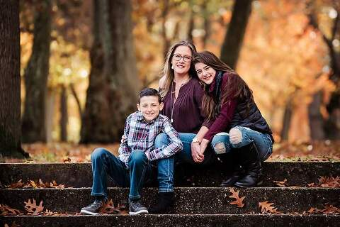 Long Island Fall Family Photos mom and her kids