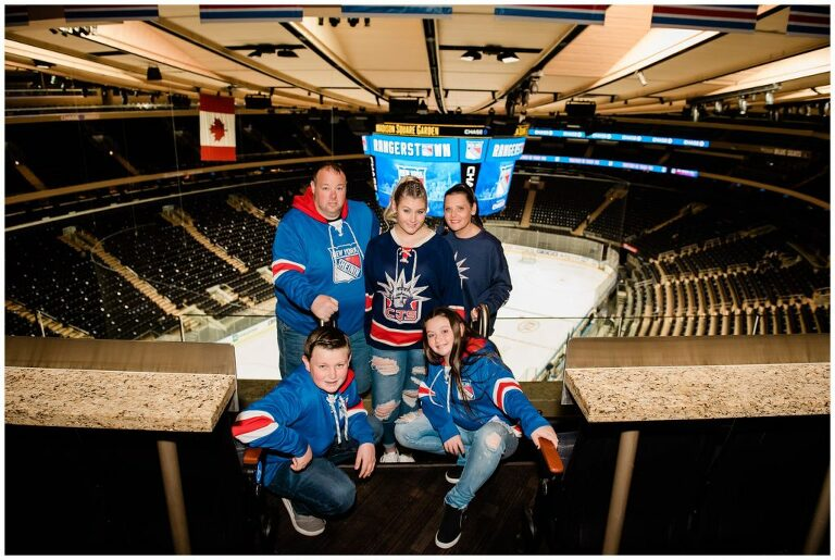 Madison Square Garden Rangers Sweet 16 family