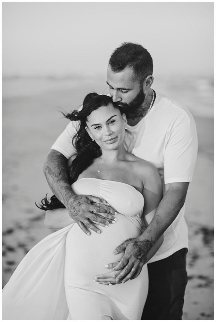 Long Island Beach Maternity Photos black and white